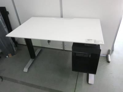 コクヨ シークエンスシリーズ 電動昇降デスク W1150xD675xH630-1290mm アウトレット品